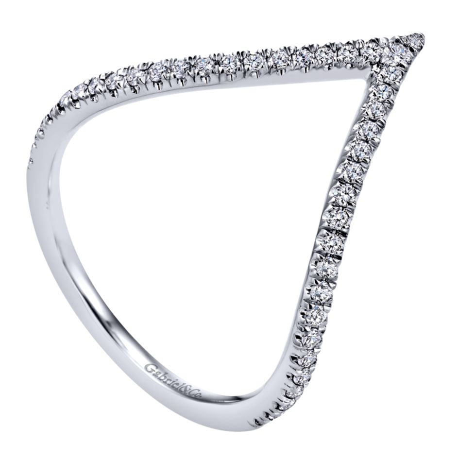 14K-Ladies White Gold .25 Ct Diamond V Shaped Ring