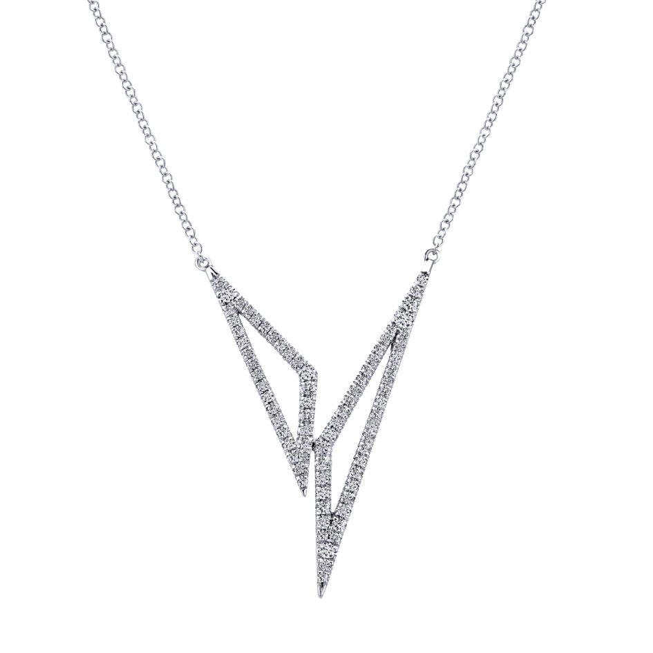 14K-Ladies White Gold Fashion Necklace With Diamonds
